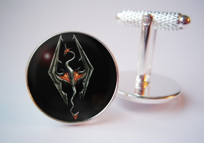 """The Elder Scrolls V: Skyrim"" Cufflinks"